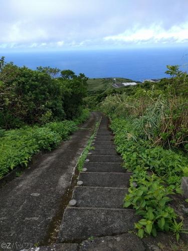 青ヶ島、尾山展望公園までの道のり