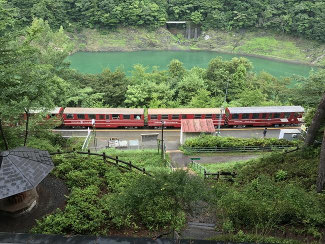 コテージから見える奥大井湖上駅