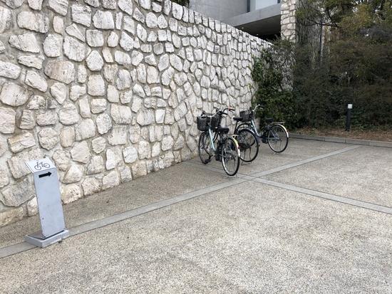 ベネッセハウスミュージアムの駐輪場