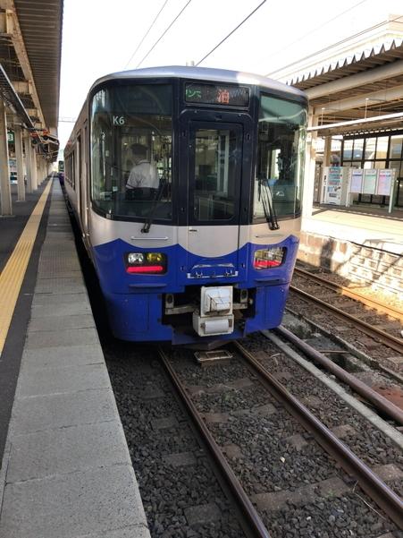 直江津駅にてえちごトキめき鉄道の日本海ひすいライン 泊行き列車