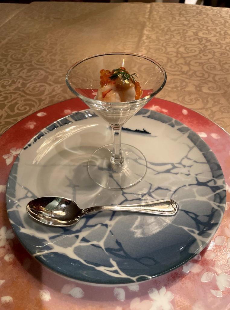 オマール海老と塩水うに 根セロリのカクテル