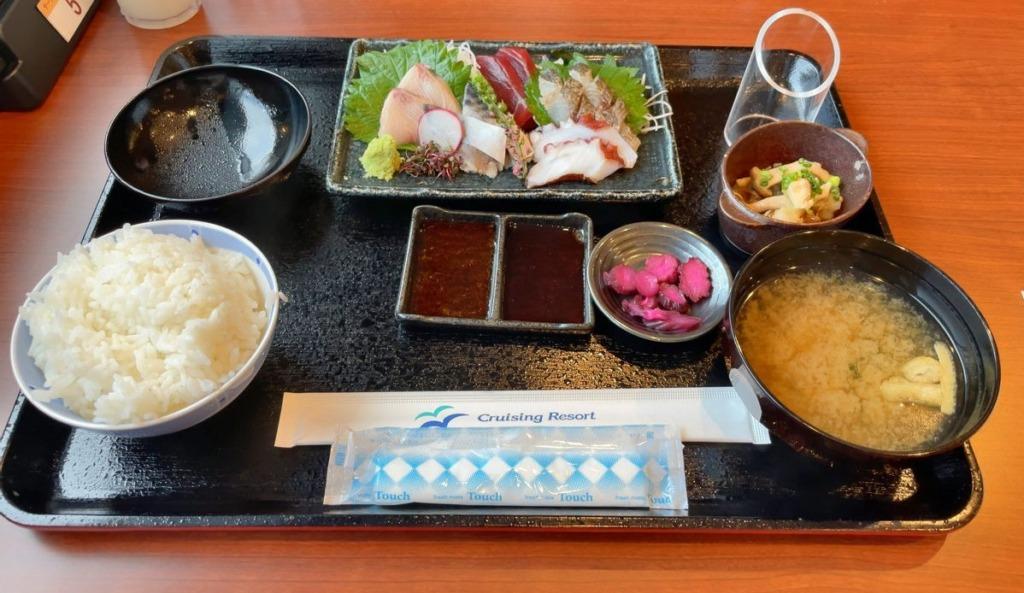 東京九州フェリーの日替わりお刺身定食
