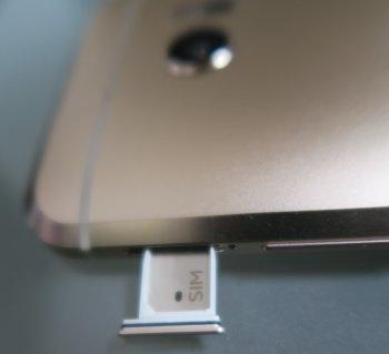 HTC 10はnanoSIM