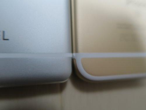 FREETEL SAMURAI REIとiPhoneのアンテナ線比較