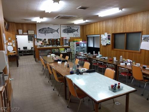 青ヶ島の民宿ビジネス宿中里の食堂