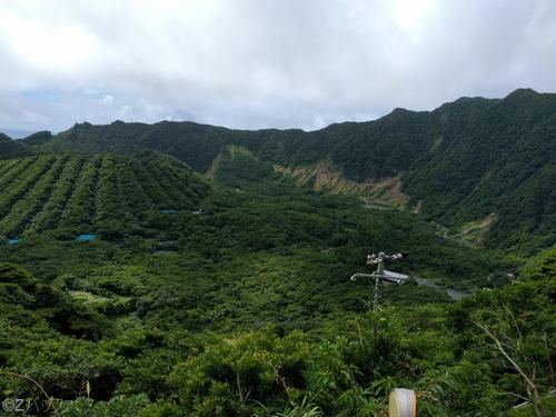 青ヶ島の外輪山と内輪山