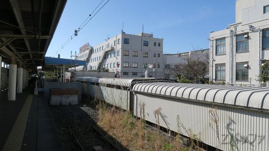 海芝浦駅から見える東芝