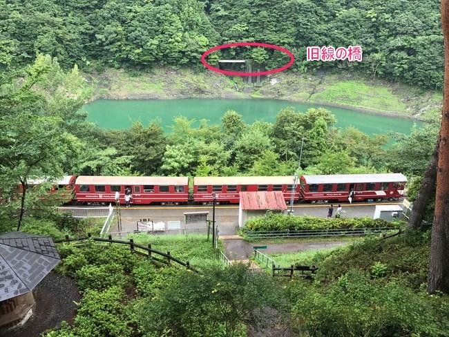 奥大井湖上駅から見える旧線