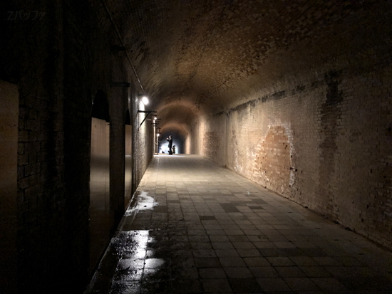 猿島のレンガ造りのトンネル