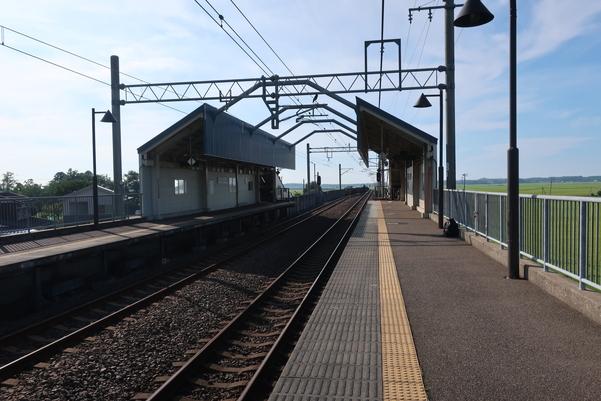 くびき駅のホーム