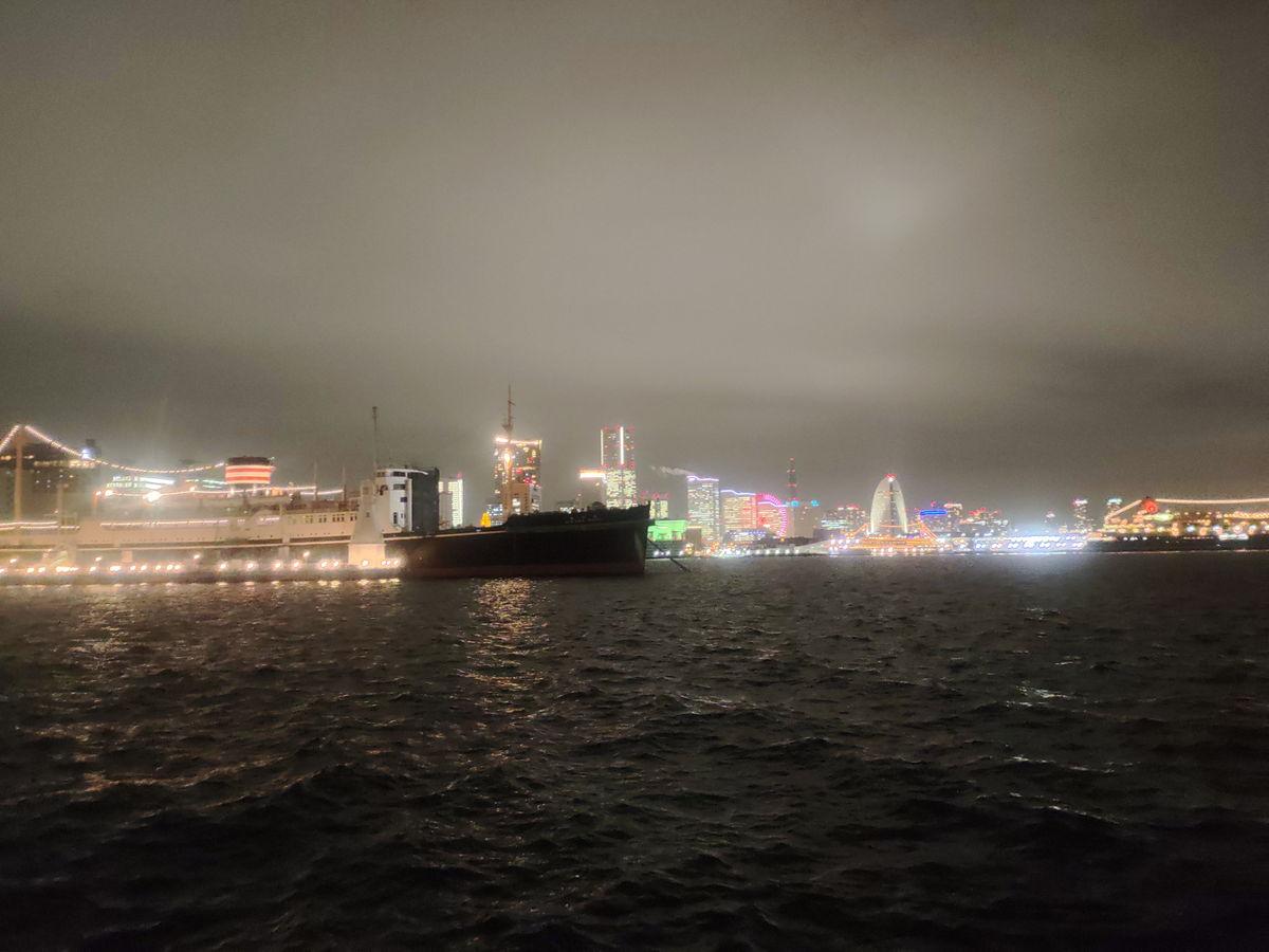 Rakuten Handのカメラで撮影した横浜の夜景